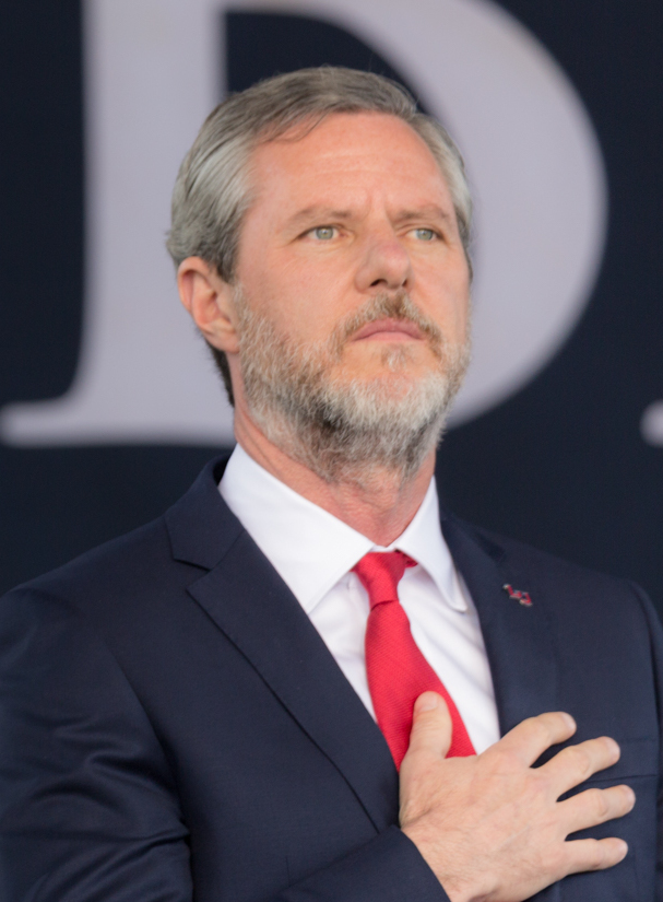 Jerry_Falwell_Jr_commencement.jpg